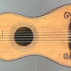 Baroque guitar by Nicolas Aîné, Mirecourt c. 1780