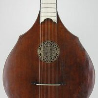 English guitar by Gibson & Woffington, 1774, large size model.