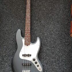 Fender Jazz Bass Grau Metallic