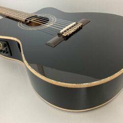 Ortega RCE138 T4BK Klassikgitarre 4/4 Tonabnehmer