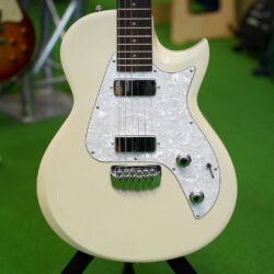 TAYLOR SOLID BODY CLASSIC 1 * New Old Stock *
