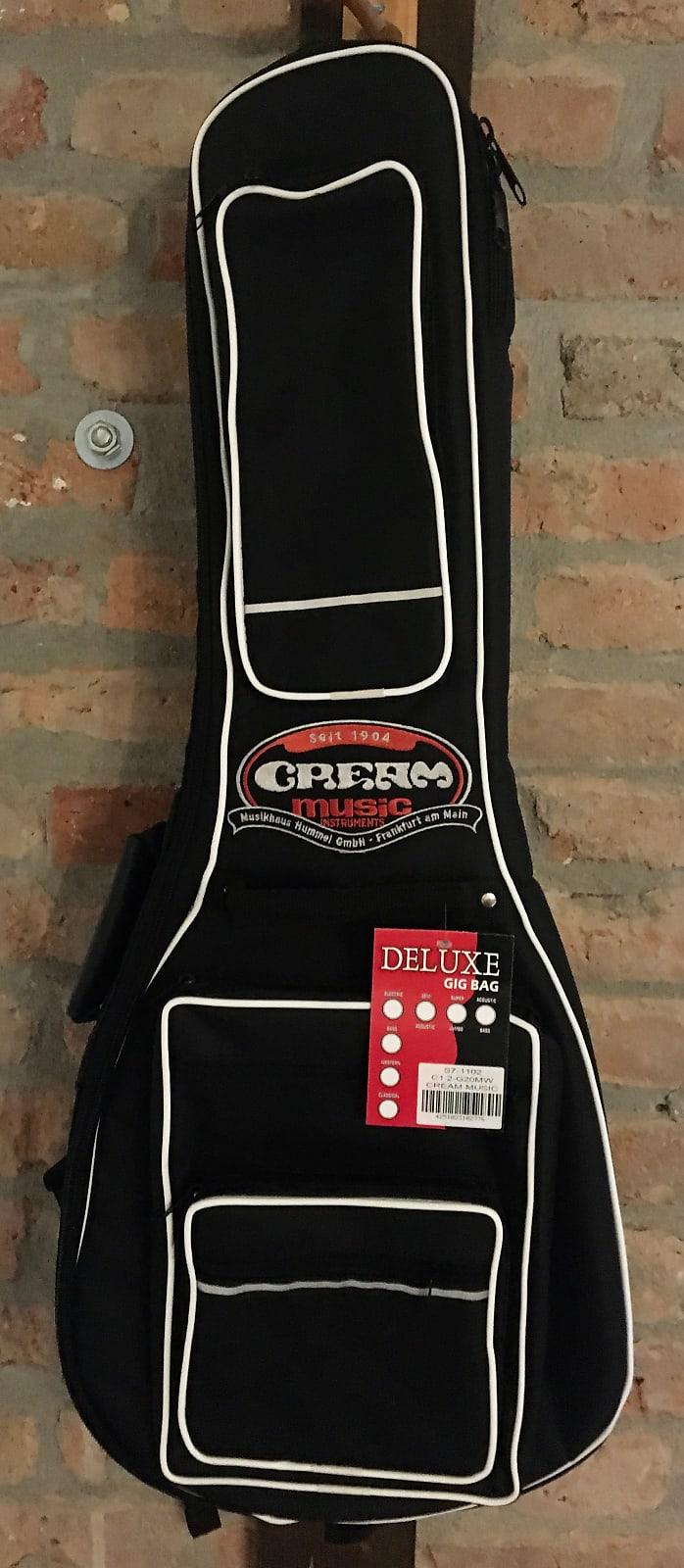 Cream Music Instruments Deluxe Gigbag Classic Guitar 1/2 Gigbag