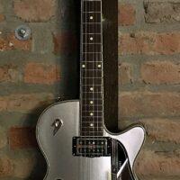 Duesenberg Starplayer TV 25th Anniversary Deluxe Tremola Silver Metallic Electric Guitar