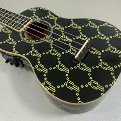 Fender Billie Eilish Ukulele Black Signature Konzert Fishman Tonabnehmer