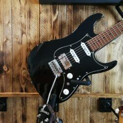 Ibanez AZ2204B-BK Prestige AZ-Series E-Guitar 6 String Black, Made in Japan+ Case
