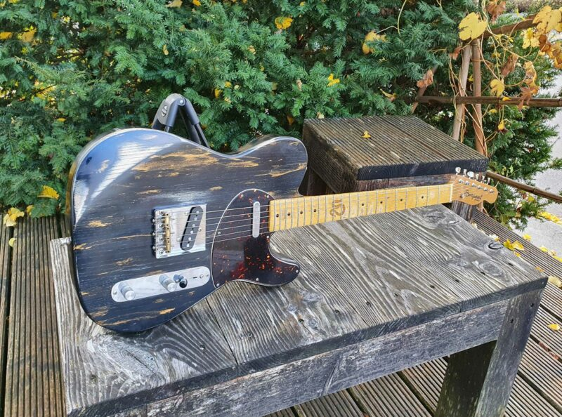 """serpent t style """" dirty gold"""" aged 1 ohguitar"""