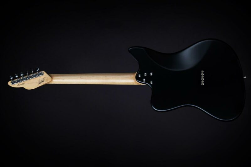tonfuchs bulldog guitar 2