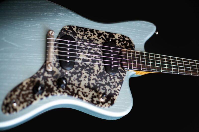 tonfuchs bulldog guitar 24