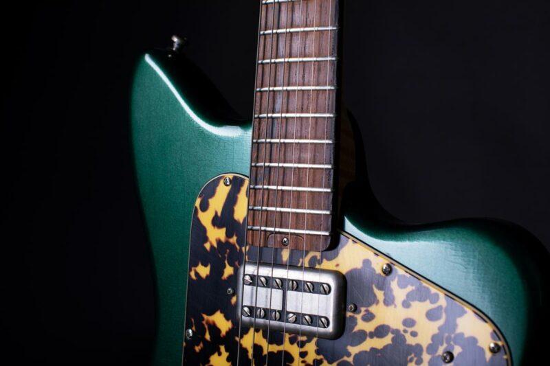 tonfuchs bulldog guitar 29