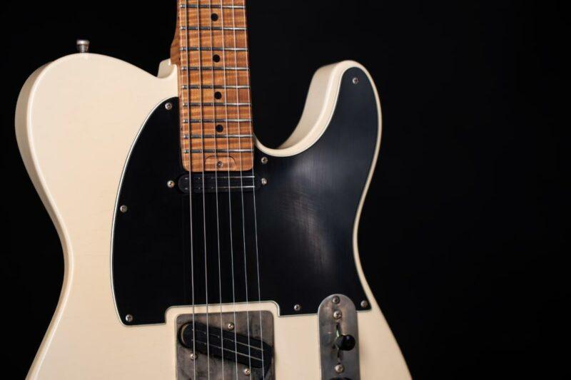 tonfuchs lovercaster guitar 3