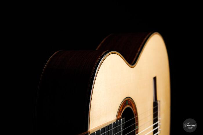 Classical guitar Philipp Neumann 2021 24