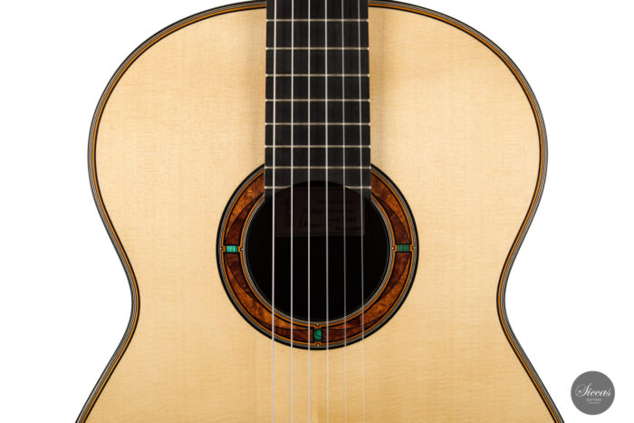 Classical guitar Philipp Neumann 2021 3