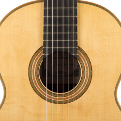 Classical guitar Tobias Braun 2021 3