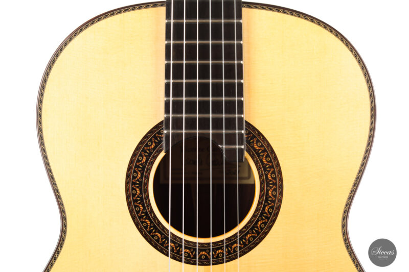 Classical guitar Vicente Carrillo Doubletop 2021 3