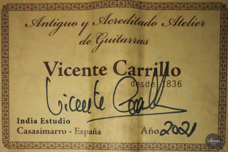 Classical guitar Vicente Carrillo Estudio Cedar 2021 23 scaled